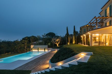 villa luisa pool lit up