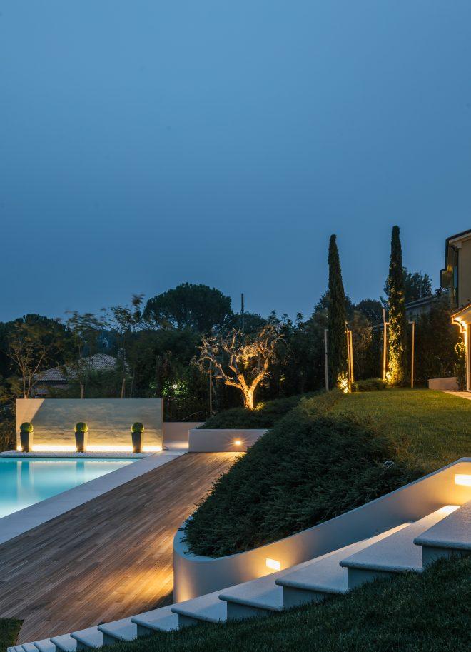 villa luisa pool lit up